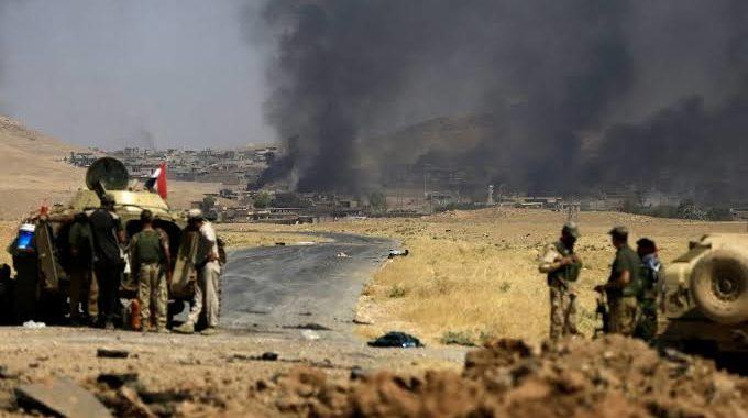 لغم أرضي يودي بحياة عناصر للميليشيات ويصيب آخرين غرب ديرالزور.